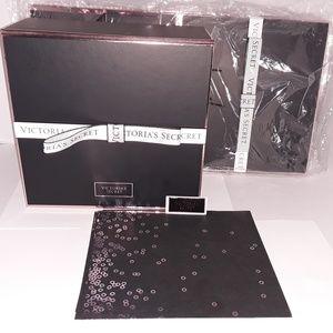 Victoria Secret gift boxes (4) - NIP